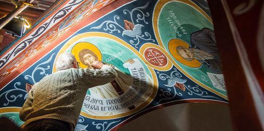Supraśl: kolejne freski w nawie głównej