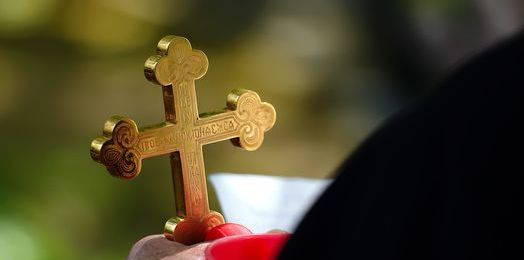 Rani nas grzech, nie Bóg